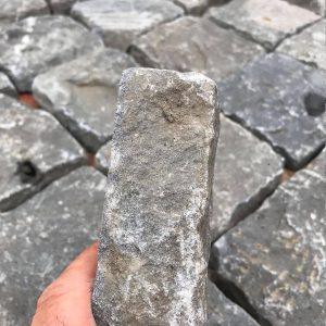bazalt-kiskockakő